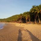 na plaży Nacpan Beach